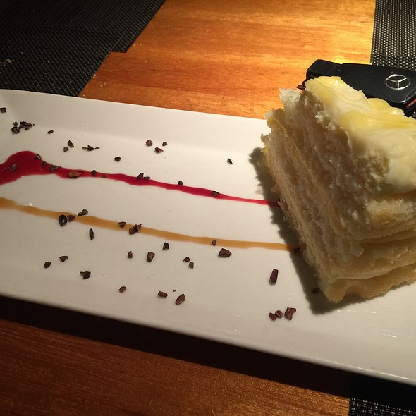 lemonade cake - Dry Creek Grill, San Jose, CA