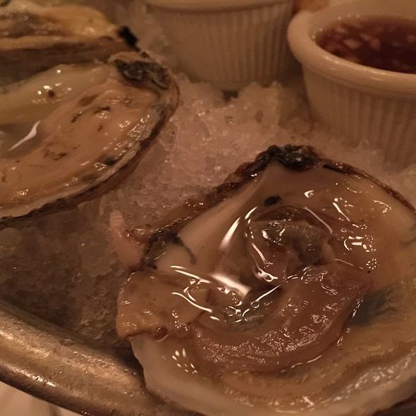 Oysters - Les Halles, New York, NY