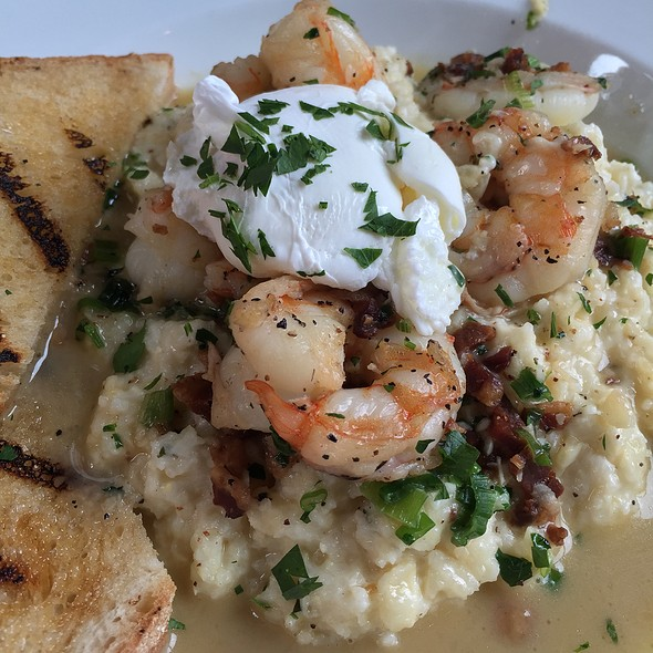 Shrimp & Grits - MAX's Wine Dive Austin - San Jacinto Blvd., Austin, TX