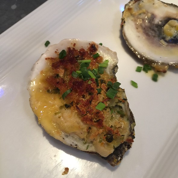 Bluepoint Oysters - Cuisine, Detroit, MI
