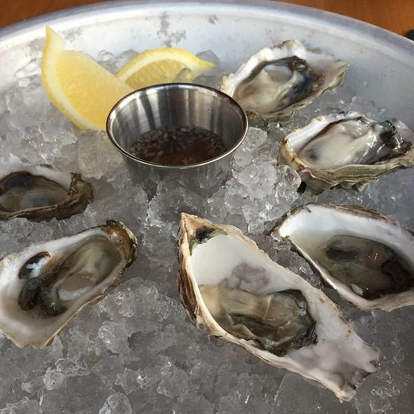 Oysters - Bar Avignon, Portland, OR