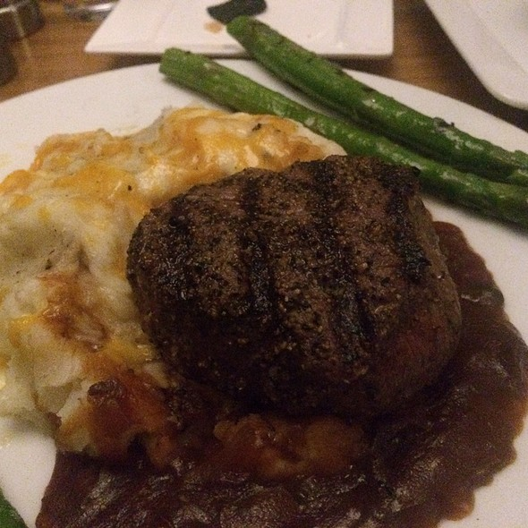 Filet Mignon - McLoone's Pier House, Long Branch, NJ