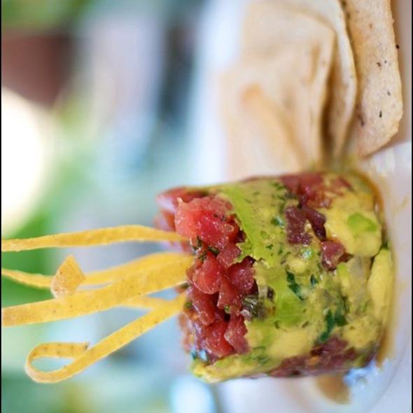 Tuna Poke - Tommy Bahama Restaurant & Bar - Sandestin, Miramar Beach, FL