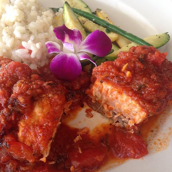 Salmone Pomodoro - Stella's, Dana Point, CA