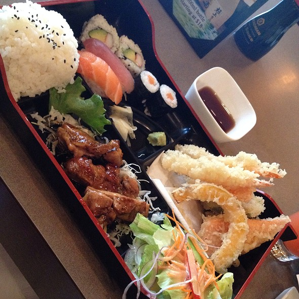 mikado japanese cuisine southside restaurant edmonton ab opentable. Black Bedroom Furniture Sets. Home Design Ideas