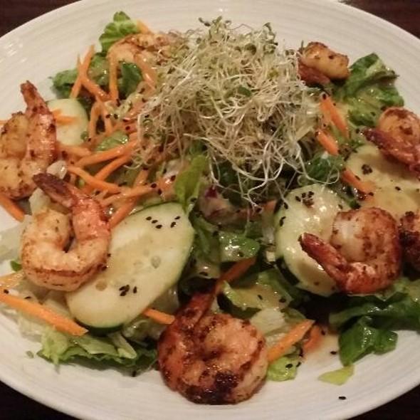Blackened Sesame Shrimp and Greens - Ramparts Tavern, Alexandria, VA