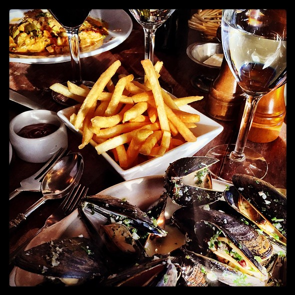 Les Moules-Frites: Mussels with Frites - Le P'tit Laurent, San Francisco, CA