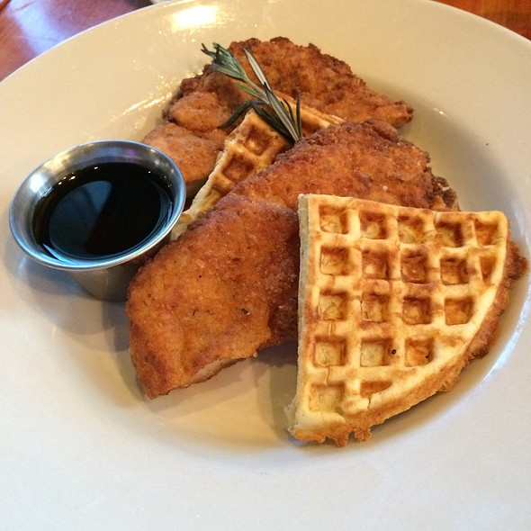 Chicken and Waffles - Saffire, Franklin, TN