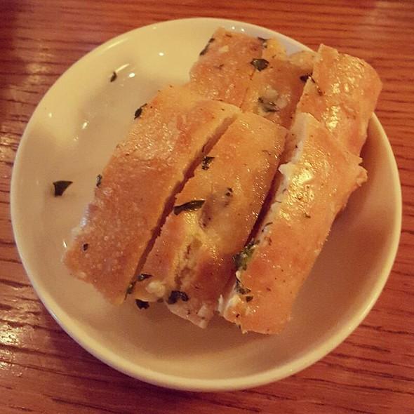 Garlic Bread - Stanley & Seafort's, Tacoma, WA
