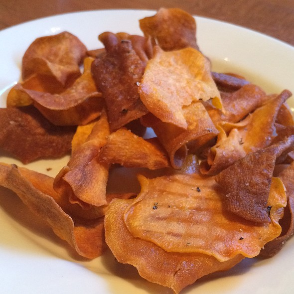 Sweet potato chips - Upstream Brewing Company - Legac, Omaha, NE
