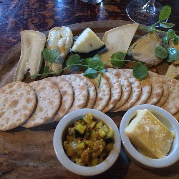 Cheeseboard - The Foresters - Hampton Wick, Hampton Wick, Surrey
