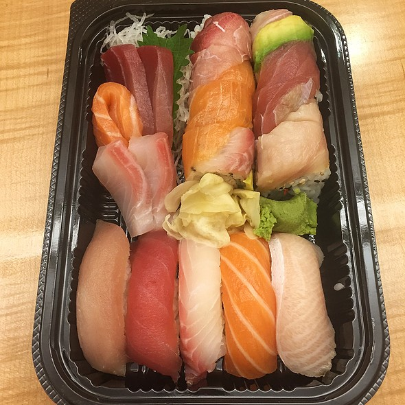 Sushi Deluxe - Naked Fish, San Francisco, CA