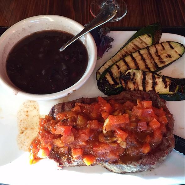 Bife Al Ajo - Gaucho Grill - Long Beach, Long Beach, CA