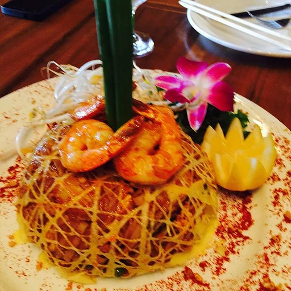 Pad Thai - Oishi Thai, North Miami, FL