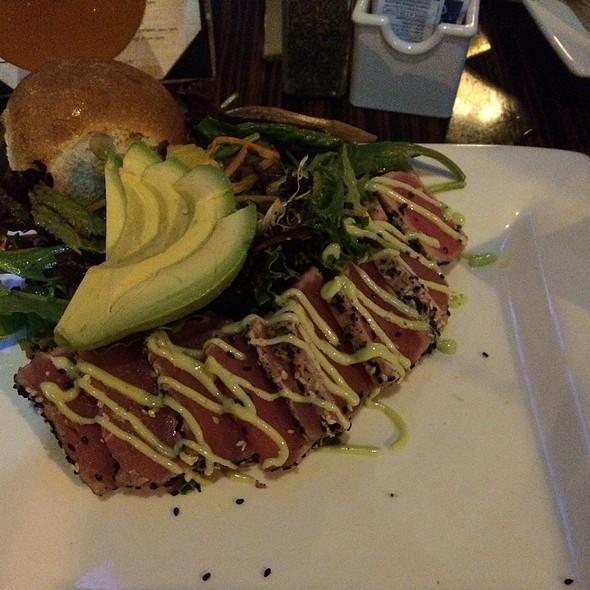 Ahi Tuna Salad - Landmark Americana - University City, Philadelphia, PA