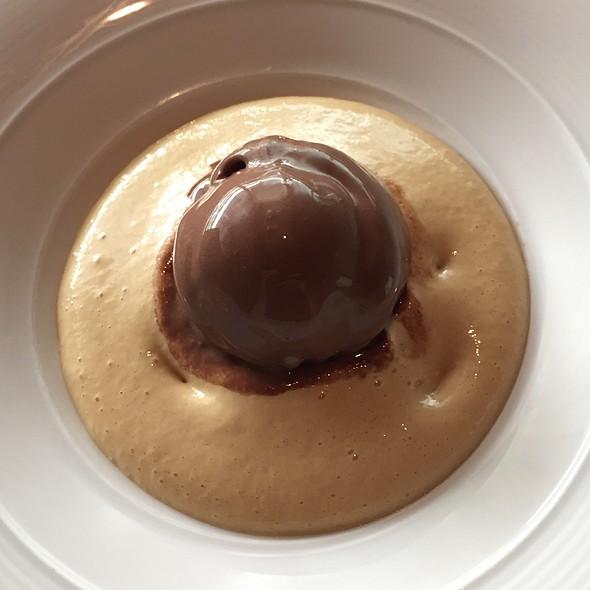 Berlina Al Cioccolato - Lincoln Ristorante, New York, NY
