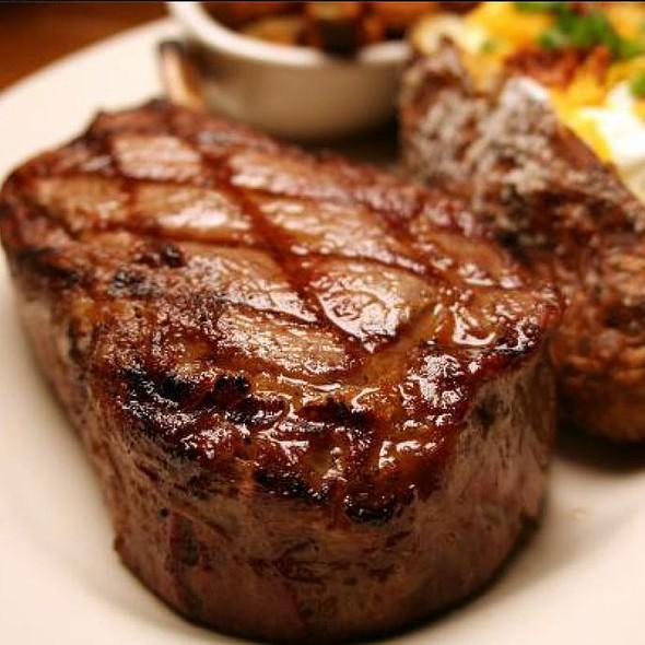 Beef - Le Balthazar - Canada, Laval, QC