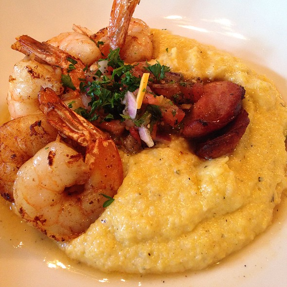 Shrimp and Jalapeno Cheddar Polenta - District Kitchen, Washington, DC