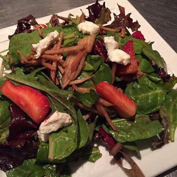 House Salad - Lucas Park Grille, St. Louis, MO
