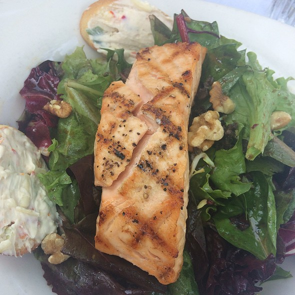Salmon salad - The English Inn, Eaton Rapids, MI