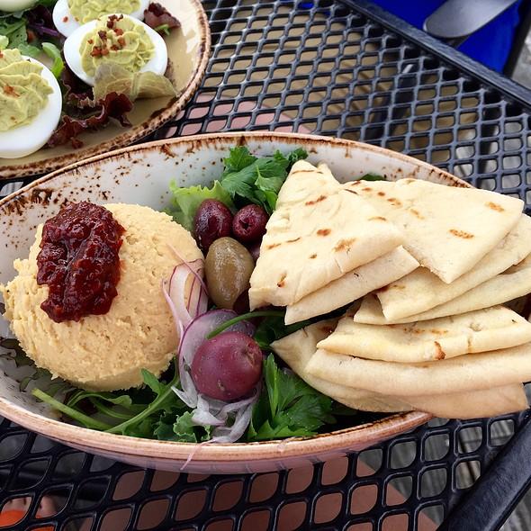 Hummus - Severn Inn, Annapolis, MD