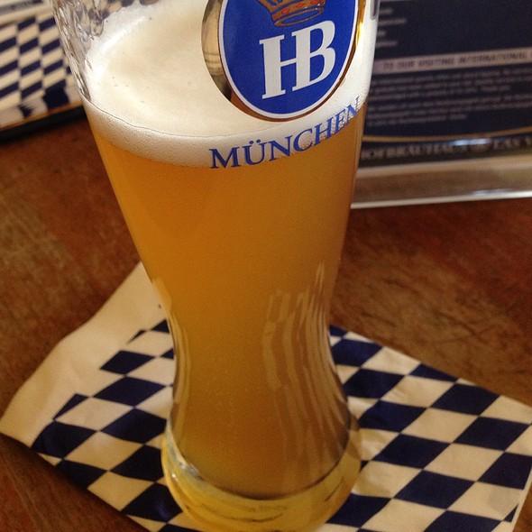 Hefeweizen - Hofbrauhaus Las Vegas Beer Hall & Beer Garden, Las Vegas, NV