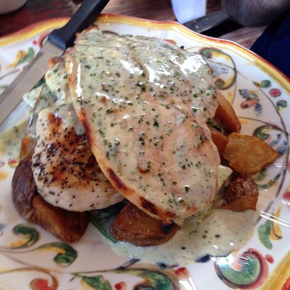 Grilled Chicken Panini - Olio e Più, New York, NY