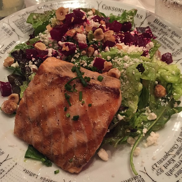Grilled Atlantic Salmon Salade - Coquette Cafe, Milwaukee, WI