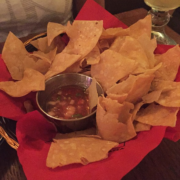 Tortilla Chips & Salsa - Milagro on Yonge, Toronto, ON
