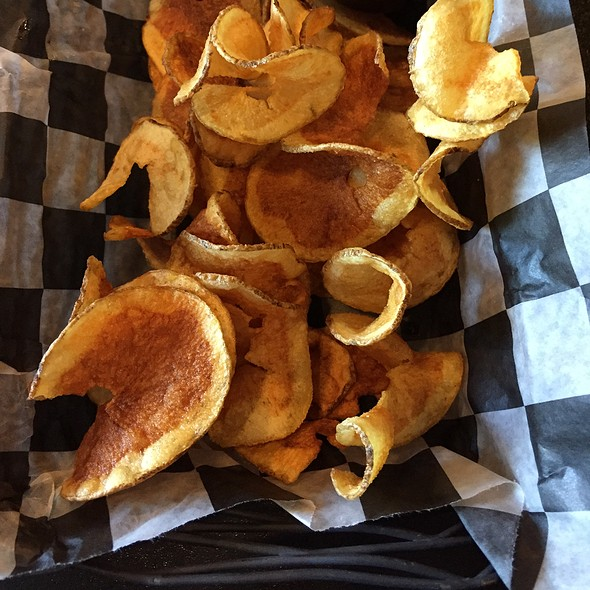 Tap House Potato Chips - The Tap House, Tuckahoe, NY