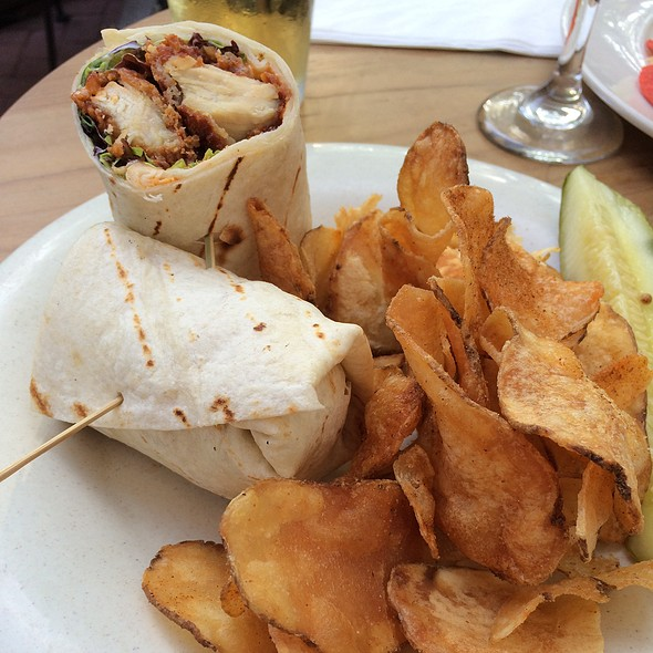 Buffalo Chicken Wrap - Penn Taproom, Doylestown, PA