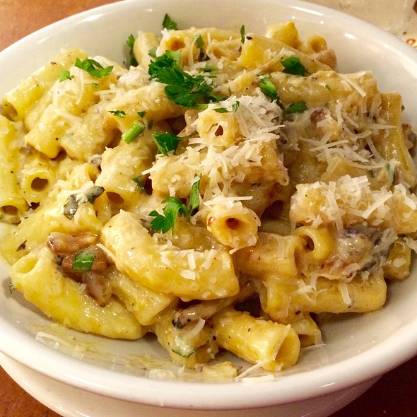 Carbonara Macaroni - Zingerman's Roadhouse, Ann Arbor, MI