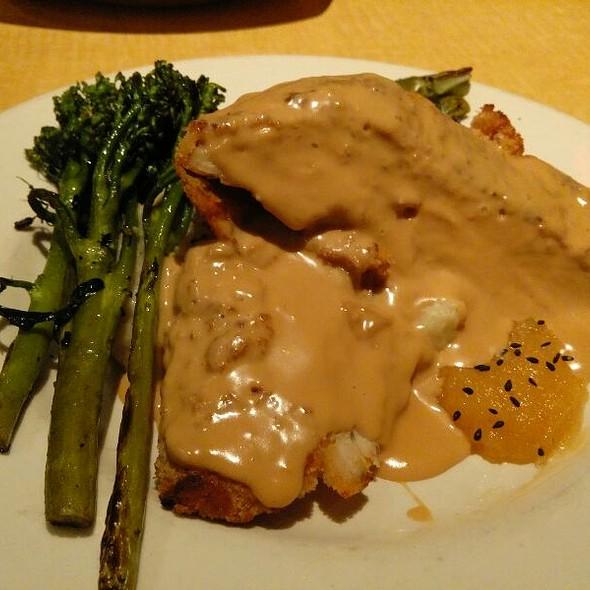 Macadamia Crusted Chicken - Kona Grill - Austin, Austin, TX