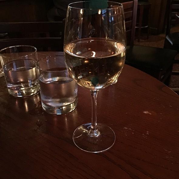 Chardonnay - Mangiamo! Grand Rapids, Grand Rapids, MI