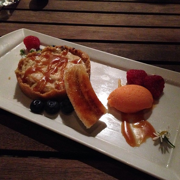 Chocolate Banana Cream Pie - The Schoolhouse at Cannondale, Wilton, CT