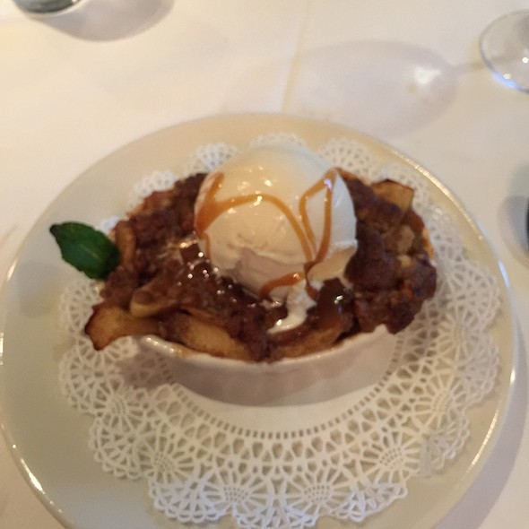 Apple Crisp With Ice Cream - Morton's The Steakhouse - Boston Seaport, Boston, MA