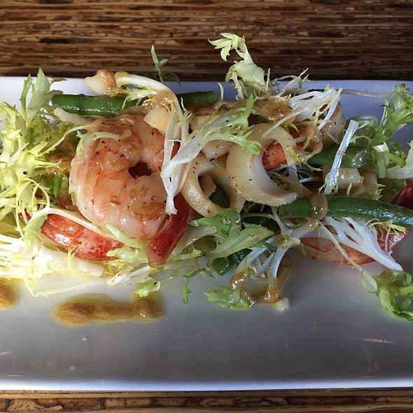 Shrimp and Hearts of Palm Salad - The Refinery, Vancouver, BC
