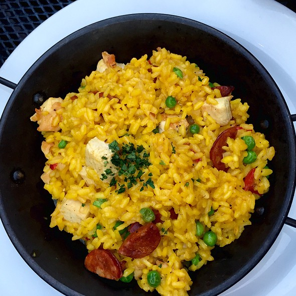 Paella! - The Peasant & The Pear, Danville, CA