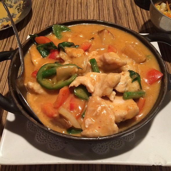 Red Curry - Tamarind - Chicago, Chicago, IL