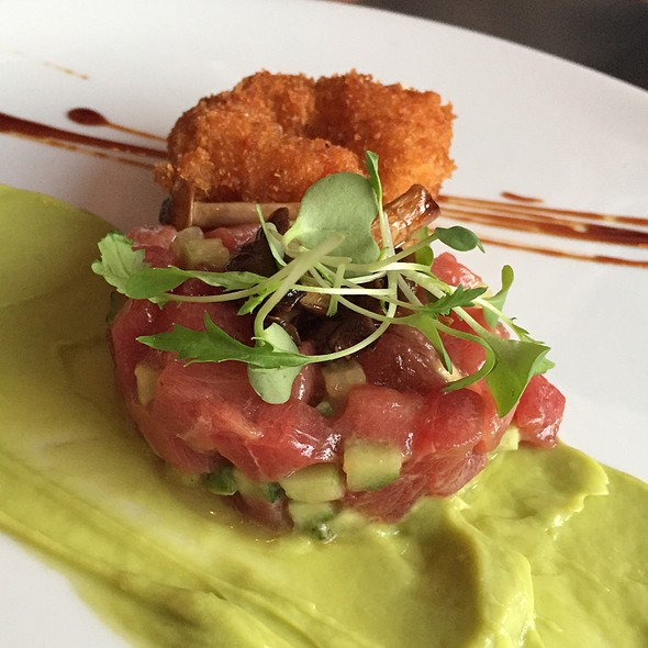 Bluefin Tuna Tartare - La Chronique, Montréal, QC