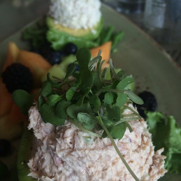 Avocado Duo Salad - 28 West + Lounge - Morgan Run Resort and Club, Rancho Santa Fe, CA