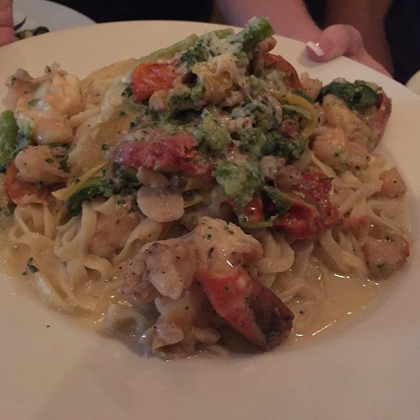 Pasta With Shrimps - Sapori Trattoria, Chicago, IL