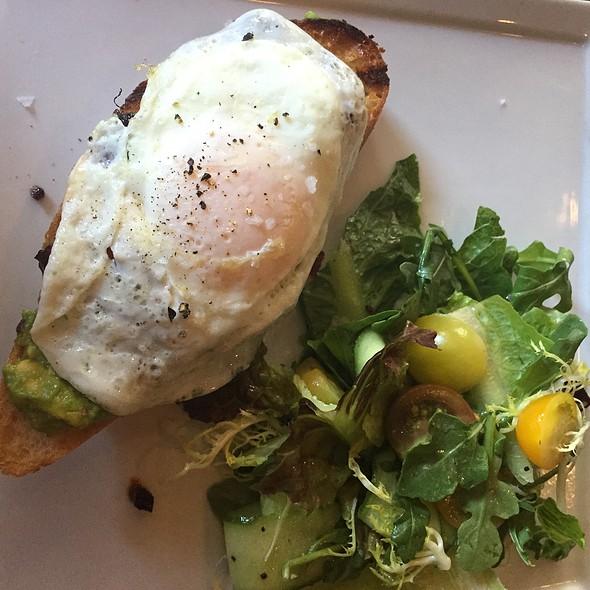 I Aint Afraid Of No Toast - Whisper Restaurant & Lounge, Los Angeles, CA