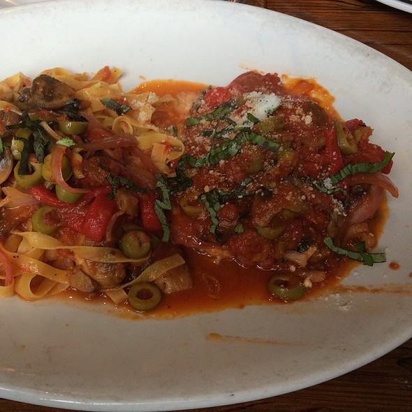 Chicken Caccatorie  - Francesco's Ristorante & Pizzeria, Maitland, FL