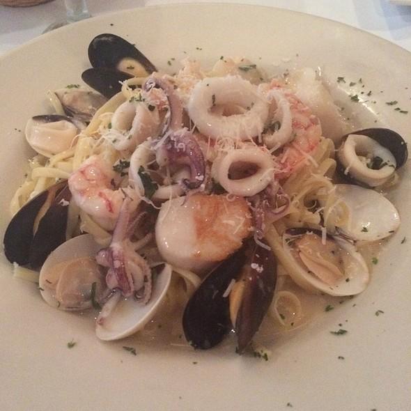Pescatore - Al Fresco Italian Restaurant, Newport News, VA