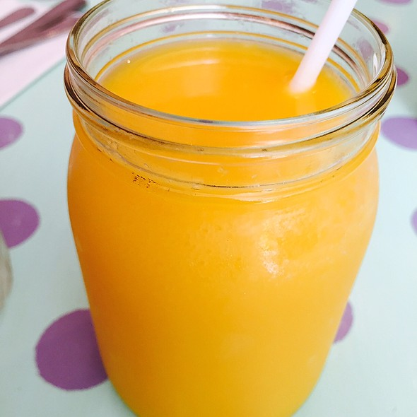 Freshly Squeezed Orange Juice - Kitchenette - Uptown, New York, NY