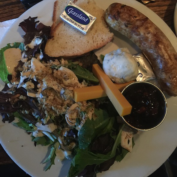 Ploughman's platter - The Whale & Ale, San Pedro, CA
