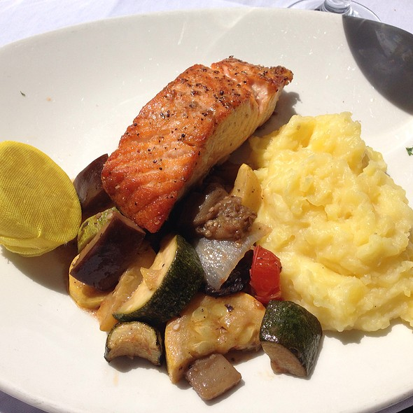 Pan Seared North Atlantic Salmon - Atlantic Fish, Boston, MA