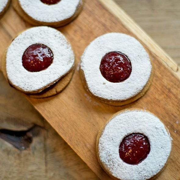 Short-bread Biscuits with Jam - Mele E Pere, London