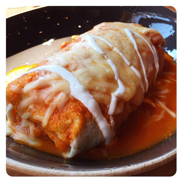Burrito De Pollo - Mago Grill & Cantina - Bolingbrook, Bolingbrook, IL